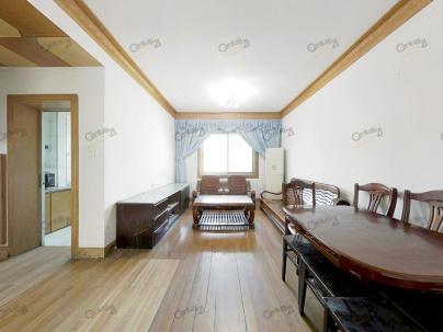 地质大院 2室 2厅 69.68平米