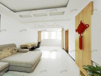 东方花园 3室 2厅 113平米